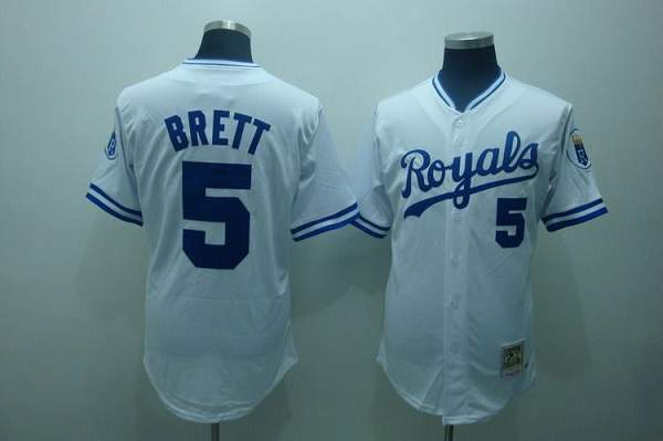 d19130de1fa Mitchell and Ness Royals  5 George Brett Stitched White Throwback Baseball  Jersey