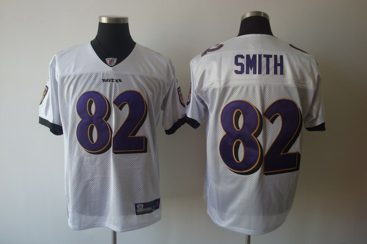 pretty nice 73b88 38d93 Buy NFL Jerseys online at the lowest price